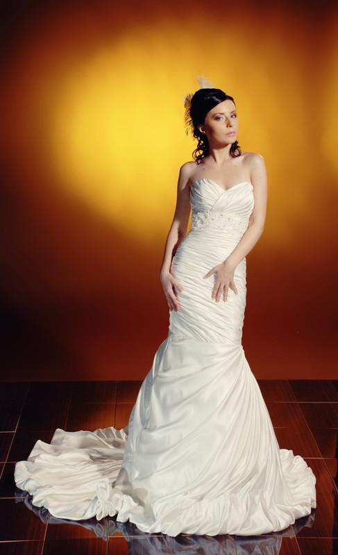 فساتين للعرائس 2013 بدلات اعراس b2cb05ee.jpg